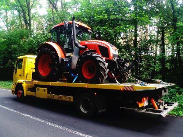 transport traktora